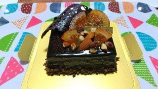 20210209_【ケーキ大人食い】オレンジ&ナッツのショコラガナッシュケーキ《ベルアメール》.jpg